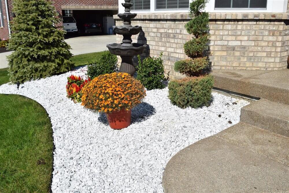 marble chips garden