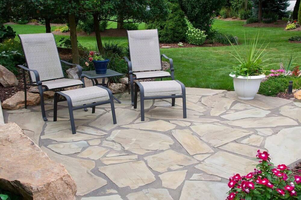 flagstone patio rocks